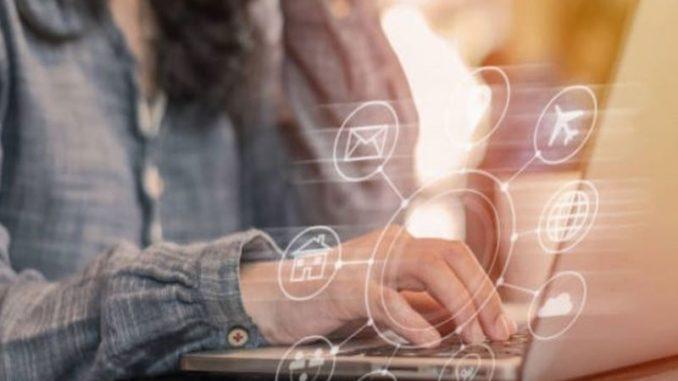 Grâce à l' Intelligence artificielle, plusieurs changements sont survenus dans les entreprises à divers niveaux, notamment dans la gestion de la relation client