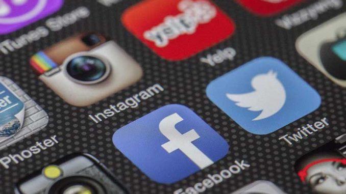 Les réseaux sociaux sont très en vogue et de nombreuses entreprises les utilisent pour fidéliser leur clientèle. Découvrez comment vous pouvez en faire de même avec ces 5 stratégies.