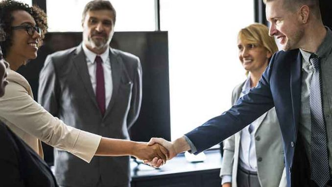 Le recours aux nouveaux postes des centres d'appel est grandement bénéfique pour les entreprises, et il est temps pour la vôtre d'en profiter également.