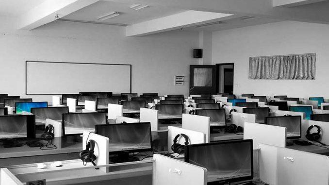 Découvrez comment Callcentermadagascar répond aux besoins des entreprises quel que soit leur secteur d'activité. Vous saurez ainsi comment trouver nos centres d'appels pour des solutions réellement adaptées.